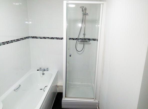 bathroom cleaning london