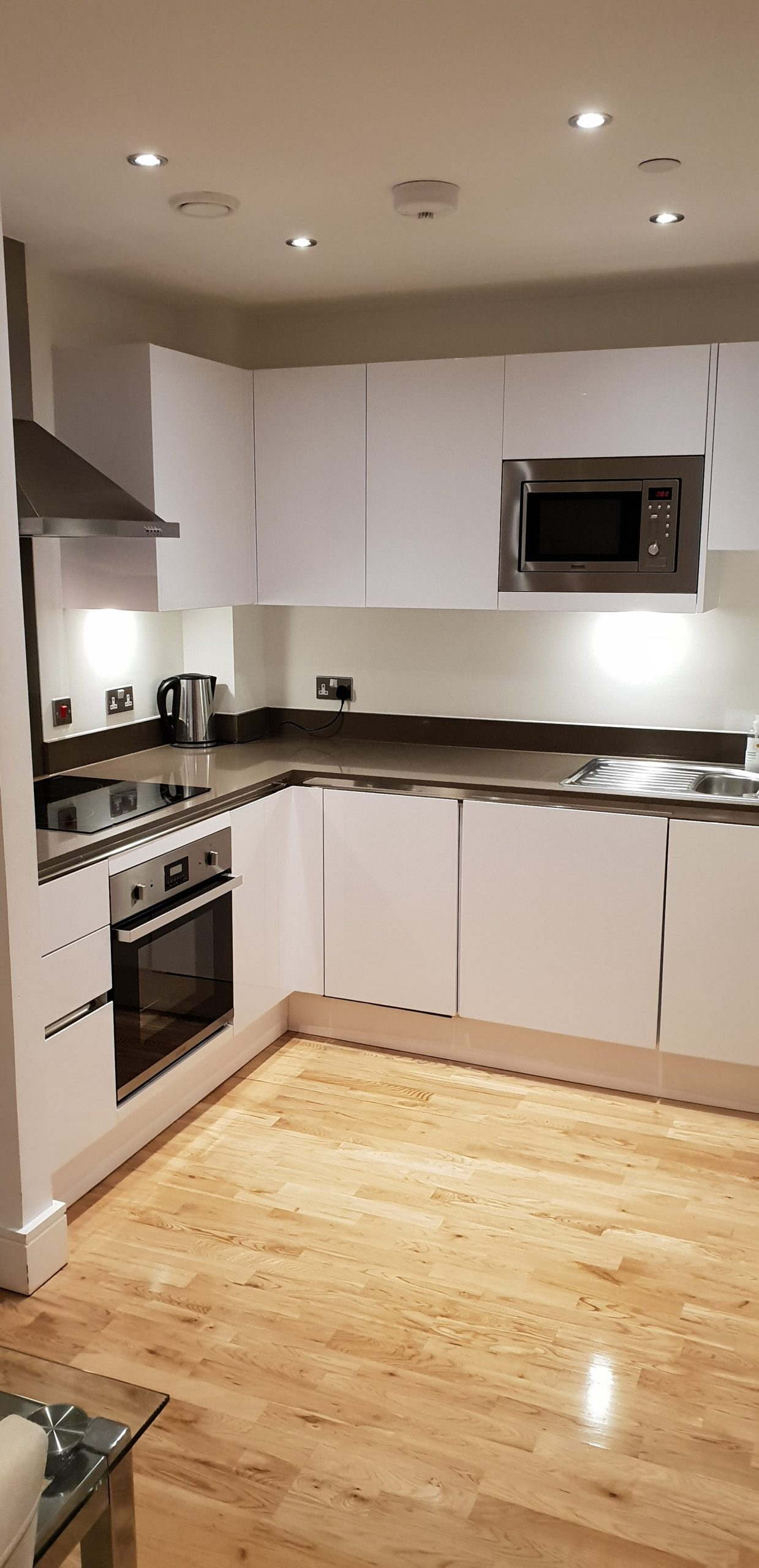 end of tenancy cleaning redhill